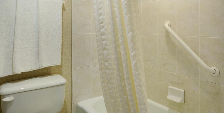 geenwood-standard-double-bath